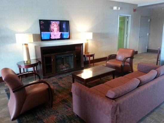 Holiday Inn Des Moines Downtown: Waiting/Sitting Area