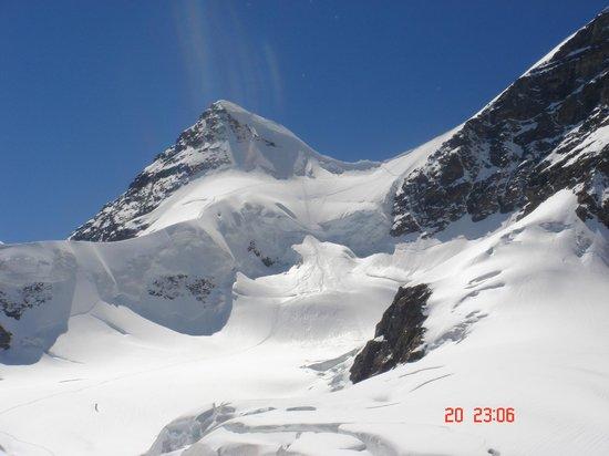 Snow white Mountain of Jungfrau