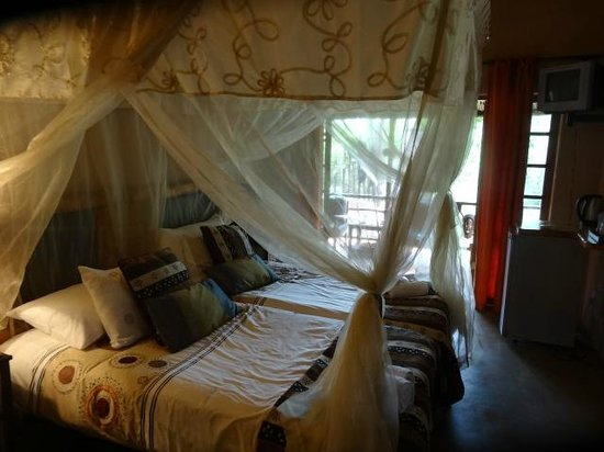 Khaya Umdani Guest Houses: Another of the six gorgeous bedrooms, each with its own theme