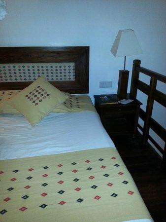Amaya Hills: Room