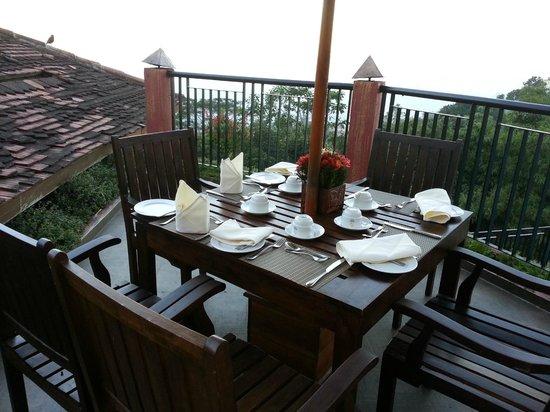 Amaya Hills: Outdoor view