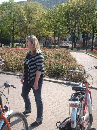 Fat Tire Tours Berlin: 1e tour: beleider Lauren