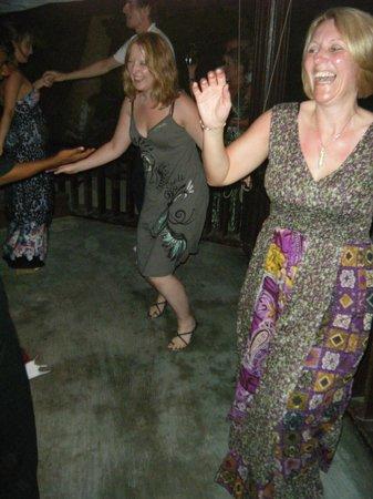 Biyadhoo Island Resort: dancing having fun