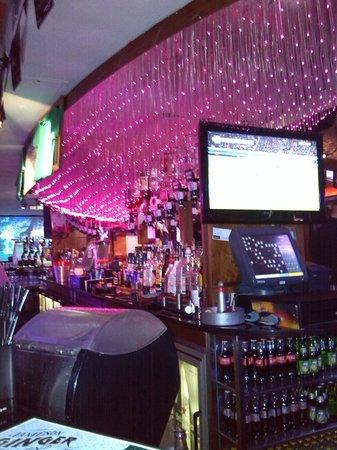 Temple Bar Hotel: Buskers bar