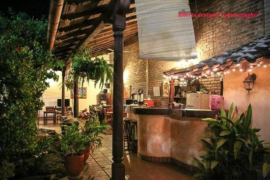 ApartHotel La Posada del Sol: Angolo bar