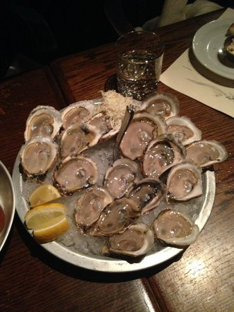 The Whalesbone Oyster House: shuckers platter (large)