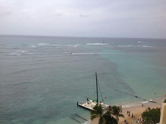 Sheraton Waikiki: view from my oceanview room.