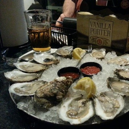 A.W. Shuck's: Pleasure House Point Oysters