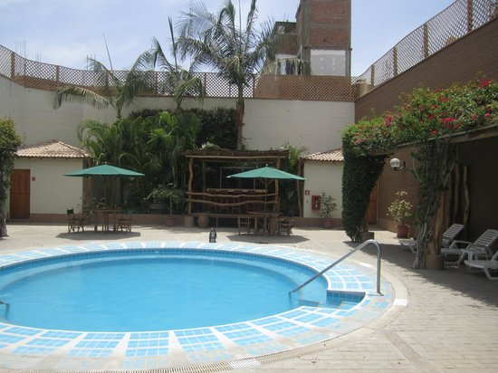 Casa Andina Standard Nasca : The pool area