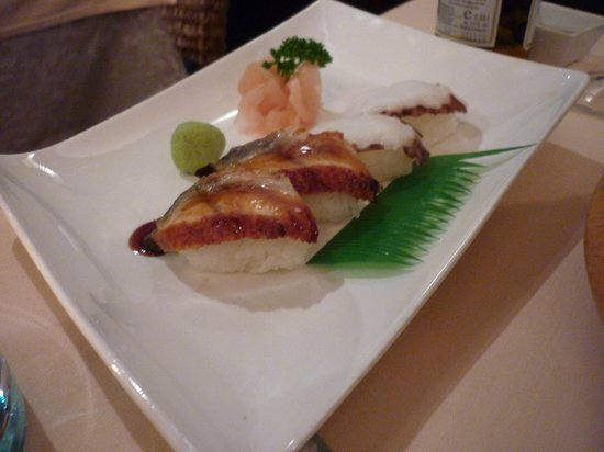 Bangkok: Sushi with eel and octopus