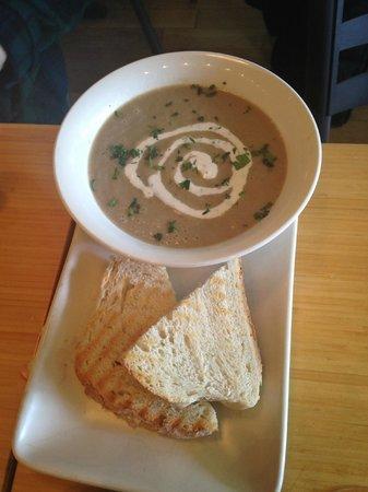 Fraser Cafe: Mushroom soup
