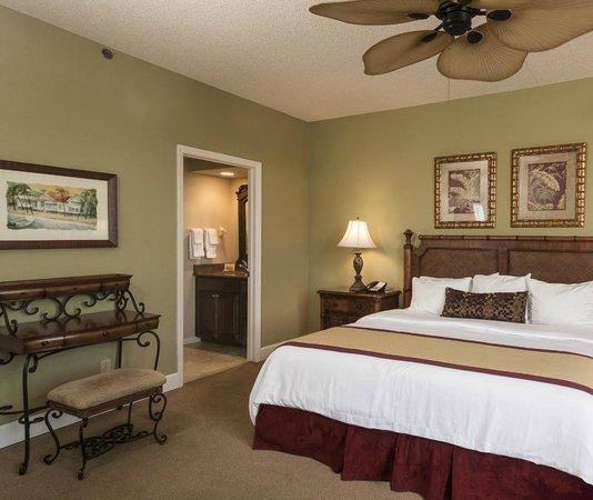 Vanderbilt Beach Resort: Bayside Condominium Master Bedroom