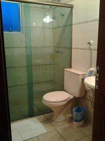 Hotel Harbor Self Cidade Verde: Banheiro