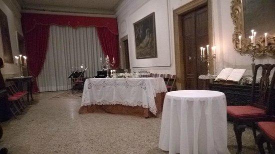 Musica A Palazzo : Der Salon