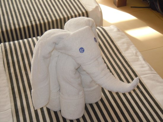 Hotel Goldi Sands: You may find this on your bed