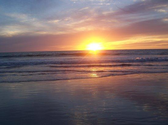 Occidental Nuevo Vallarta: atardecer en la playa del hotel