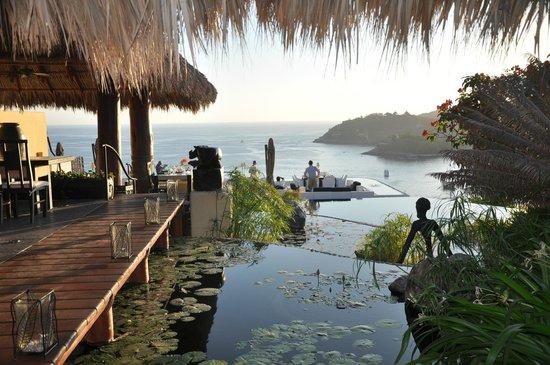 Tentaciones Restaurant : entrance to Tentaciones