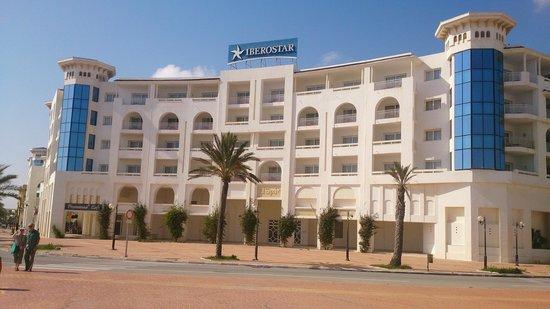 Saphir Palace & Spa : Voorzijde Hotel