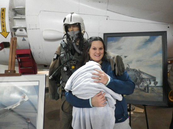 Oregon Air and Space Museum: Fun for mommy too!