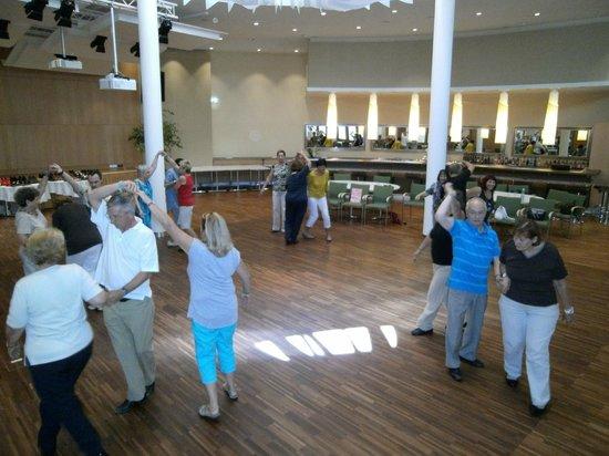 Quellenhotel Heiltherme Bad Waltersdorf: Tanzen im neuen Tanzsaal