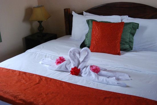 Hotel Campo Verde: Bed upon arrival