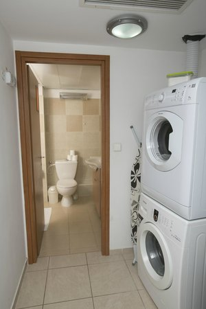 Washer and Dryer in every apartment - Picture of Windows of ...