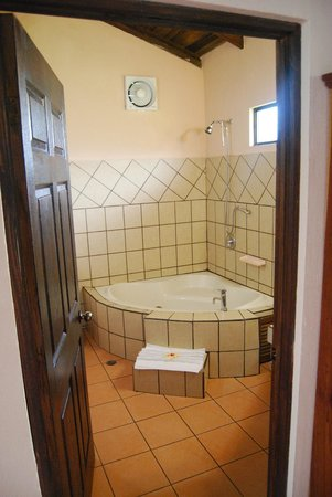 Hotel Campo Verde: Bathroom