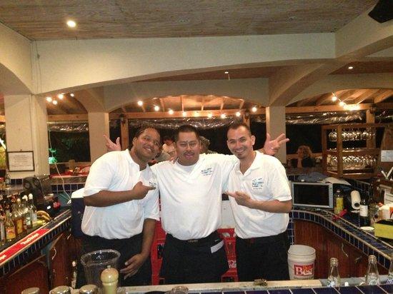 SunBreeze Hotel: Steve, Nacho & Jenby AKA Larry, Larry & Larry