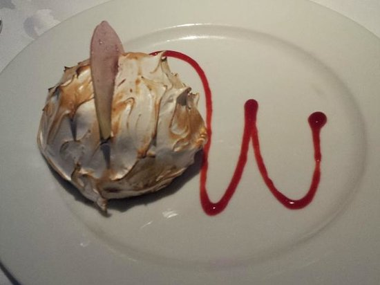 Seven Glaciers : Baked Alyeska with chocolate and raspberry mousse