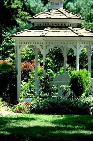 1851 Historic Maple Hill Manor Bed & Breakfast : Enjoy our flower gardens and wedding gazebo.
