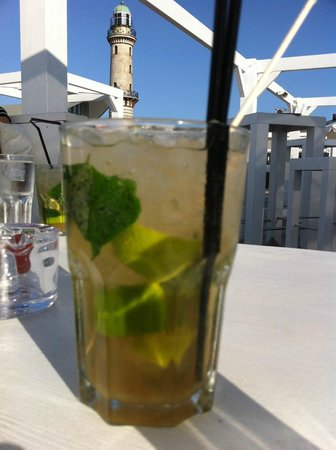 Schusters Strandbar : Mojito with actual Cuban rum (yay, Europe!!) and brown sugar