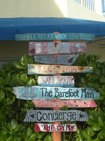 Wyndham Reef Resort : Directional Signage