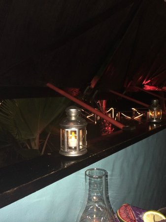 Picante: outside dining area
