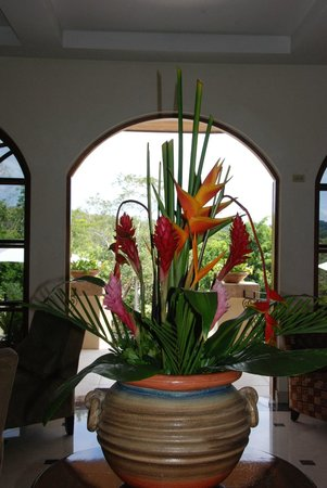 San Ignacio Resort Hotel: Beautiful bouquets ...