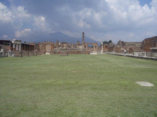 Vesuv: w cieniu Wezuwisza