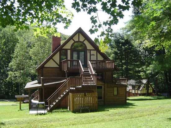 Letchworth state park area attractions picture of for Cabins near letchworth state park