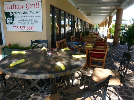 Italian Grill : Patio dining.