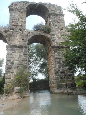 Kamer Motel: Aqueduct