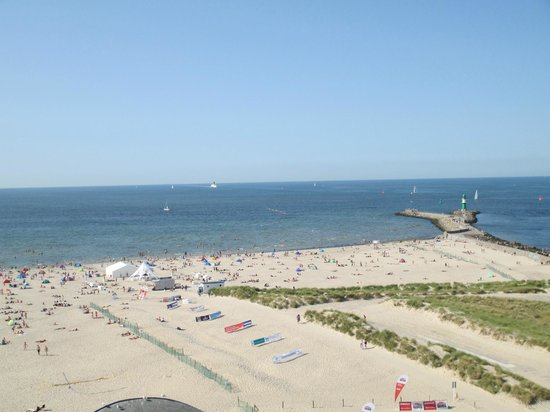 Leuchtturm Warnemünde: Beach view from the lighthouse