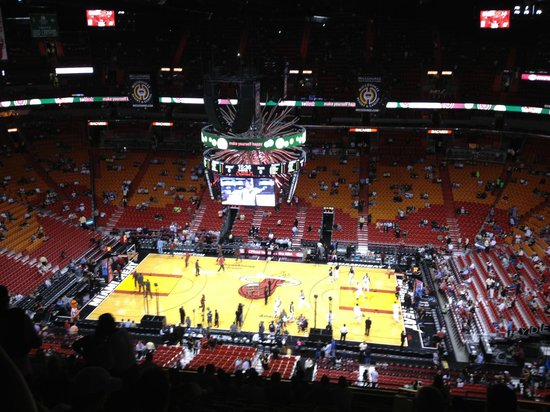 American Airlines Arena : AAA