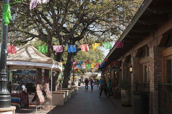 El Mercado Market Square Purchase A Hopper Pass To Jump