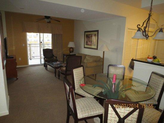 Lake Buena Vista Resort Village & Spa : Living area