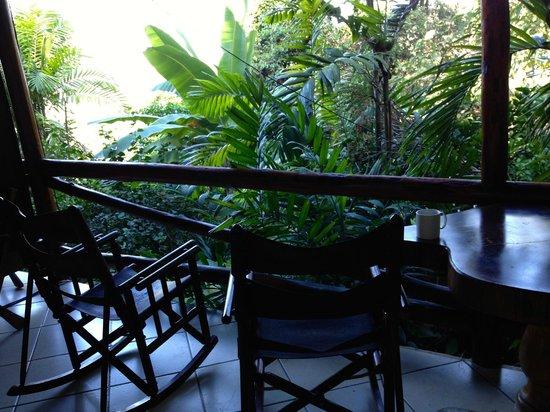 Hotel Costa Verde: porch