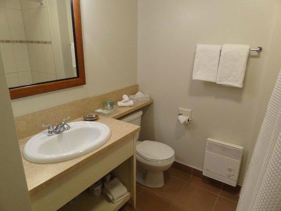 Estrimont Suites & Spa: salle de bain