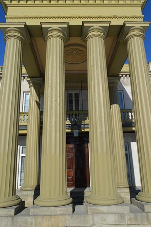 Dundurn Castle: The outside of the Castle