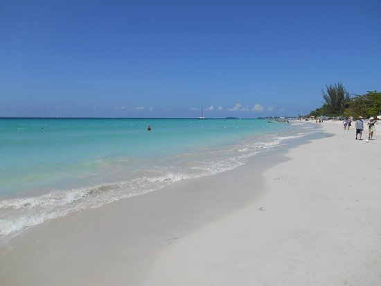 White Sands Negril : beach