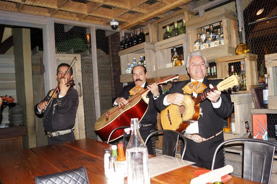 Mexican Restaurants In Las Vegas With Mariachi