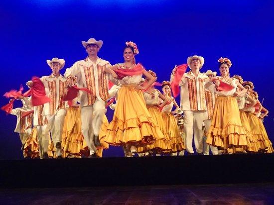 Ballet Folklorico de Mexico: Ballet Folkloric