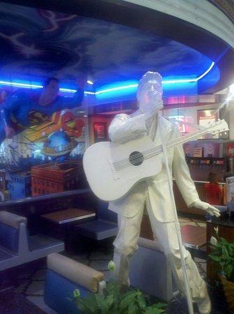 McDonald's: Elvis accompanying Superman