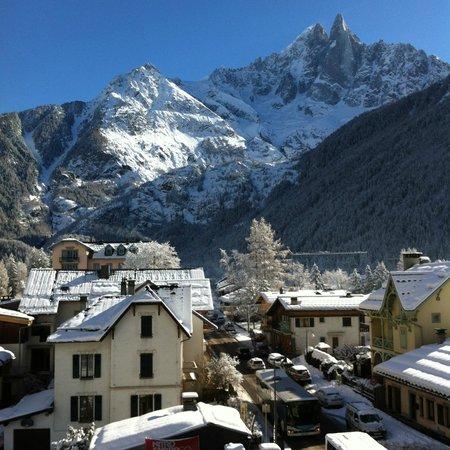 Hotel Les Lanchers: Utsikt från vårt rum